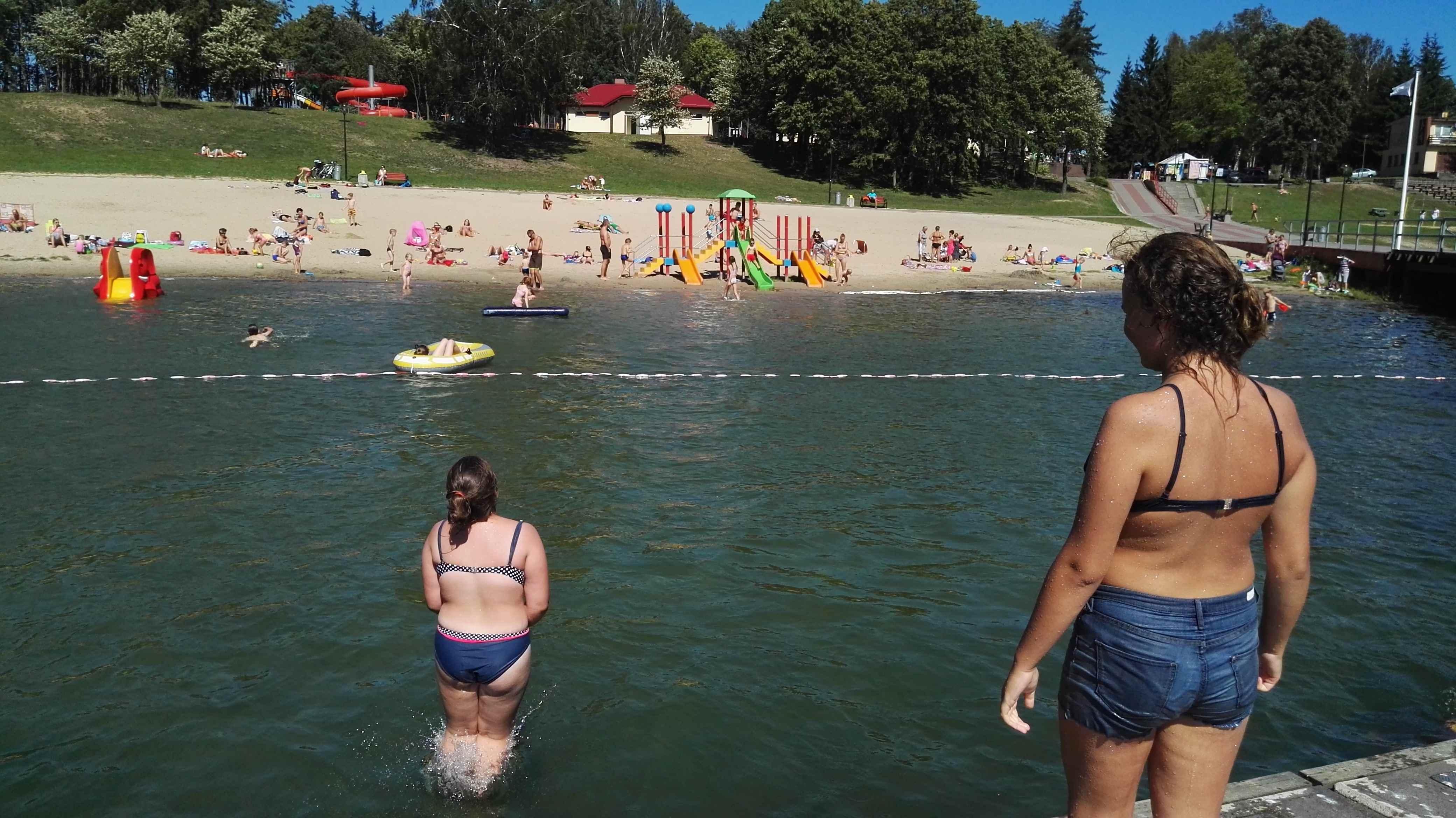 plaża i jezioro